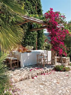 Terrace with pergola and Bougainvillaea Outdoor Life, Outdoor Rooms, Outdoor Dining, Outdoor Gardens, Outdoor Furniture Sets, Outdoor Decor, Porch And Terrace, Terrace Decor, Ibiza