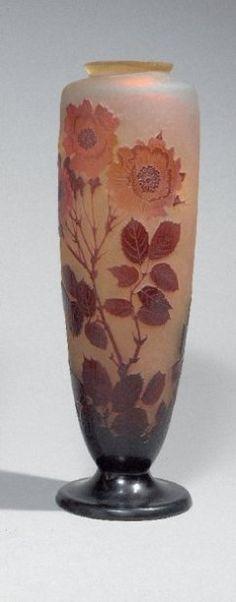 GALLE Emile baluster vase supported on a pedestal multilayer glass neck
