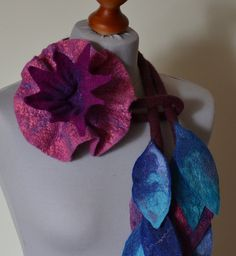Halskette Brosche Blume handgemacht Filz Wolle Filz von CozyFelt