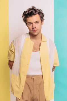 """Harry Styles divulga novo single e clipe: """"Adore You""""You can find Harry styles and more on our website.Harry Styles divulga novo single e clipe: """"Adore You"""" Harry Styles Fotos, Harry Styles Baby, Harry Styles Imagines, Harry Styles Mode, Harry Styles Pictures, Harry Edward Styles, Harry Styles Fashion, Imagines 5sos, Harry Styles Style"""