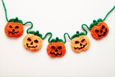 Thanksgiving Crochet, Holiday Crochet, Crochet Home, Knit Or Crochet, Free Crochet, Halloween Knitting, Halloween Crochet Patterns, Bunting Pattern, Crochet Bunting