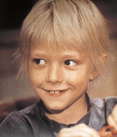 Actor Jan Ohlsson as the eponymous Emil in Emil och griseknoen, the third and final film based on the Emil i Lönneberga books written by children's author Astrid Lindgren, Sweden, photograph by Kalle Bergholm. Todd Hido, Pippi Longstocking, Star Wars, Film Base, Cartoon Shows, Wooden Dolls, 90s Kids, Stories For Kids, Mothers Love