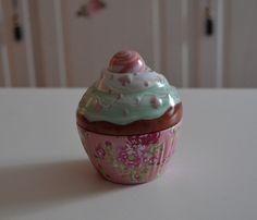 Dosen - Cup Cake Dose rosa-hellblau von www.geschenke-tee-keramik.de