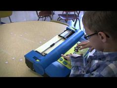 The Pacer Center offers videos that show AT in action. In this video, meet Mason, a young boy with vision loss who, with the help of AT, is able to learn reading and writing in the same classroom as his sighted peers. Education Office, Special Education, Types Of Technology, Adaptive Equipment, Disability Awareness, Medical Design, Assistive Technology, Special Needs Kids, Learning Disabilities