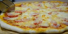 Pizza pregătită în casă – aluatul perfect și câteva secrete pentru o pizza delicioasă! - Retete Usoare Catio, Hawaiian Pizza, Food, Essen, Meals, Yemek, Eten