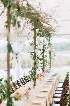 Wedding decor trend for Choose lush leaves over flowers! Wedding Events, Wedding Reception, Rustic Wedding, Our Wedding, Wedding Tables, Spring Wedding, Decoration Table, Reception Decorations, Event Decor