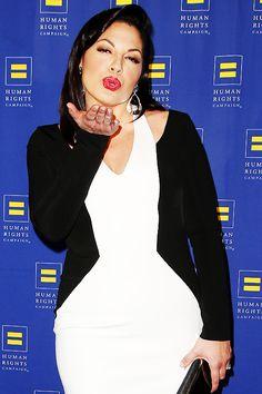 invest in love Callie Torres, Sara Ramirez, Grey's Anatomy, Lexie Grey, Greys Anatomy Cast, Grey Stuff, Human Human, Wtf Face, Girl Facts