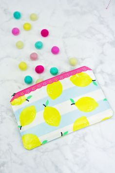 Easy Laminated Fabric Zipper Pouch Tutorial
