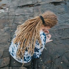 SpiraLocks Hemp Bendable Wire Dread Tie — Mountain Dreads - Dreadlock Products and Accessories. Thin Dreads, Dreadlocks Girl, Blonde Dreads, Locs, Dreadlock Beads, Dreadlock Styles, Dread Beads, Dreadlock Products, Dreadlock Hairstyles