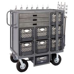 Could have a meta-cart look something like this, note the stand storage strapped on the outside; good idea.