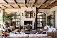 99 Inspiring French Living Room Decorating Ideas - French country style decor is a popular way to decorate, these days. You can create a warm living space that […] French Country Interiors, Country Interior Design, Rustic French Country, French Country Bedrooms, French Country Living Room, French Country Decorating, Country Farmhouse, Southern Living, French Country Fireplace