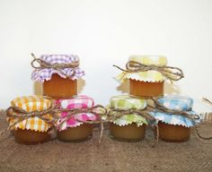 Honey filled mini jar favours also for party favours and baby showers