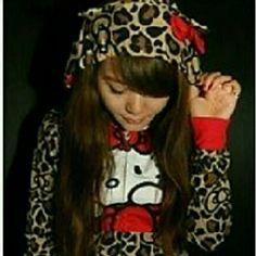 ADORABLE Authentic Hello Kitty Animal Print Hoodie ? Adorable Authentic Hello Kitty Animal Print Hoodie? Hello Kitty Sweaters