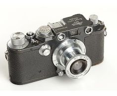 Leica Antique Cameras, Old Cameras, Vintage Cameras, Toy Camera, Leica Camera, Leica Photography, Classic Camera, Rangefinder Camera, Video Camera