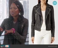 Tamra's leather jacket on The Mindy Project.  Outfit Details: http://wornontv.net/52410/ #TheMindyProject