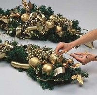 how to make christmas garlands and swags - How To Make A Christmas Swag
