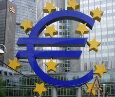 En la Euro-zona se redujo en mayo el superávit de la balanza por cuenta corriente de la región: en términos ajustados por la estacionalidad se situó mayo en los 18.000 M€ frente a los 24.000 M€ anteriores (dato que se revisó al alza).