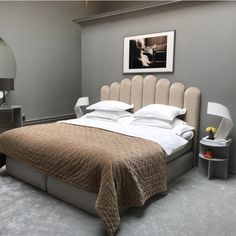 Minimalism Interior, Interior, Home, Bohemian Bedroom Decor, House Interior, Home Office Design, Beige Bed, Bedroom, Bedroom Headboard