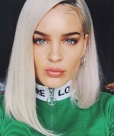 I Love your eyes 😍 Anne Maria, Balayage Straight, Hair Highlights, Silver Highlights, Blonde Color, Clip In Hair Extensions, Female Singers, Celebs, Celebrities