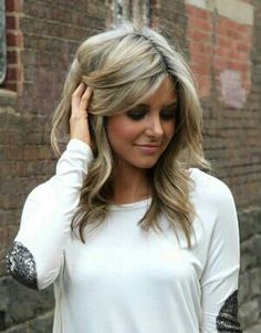 hair style, cut and color... Love her hair!
