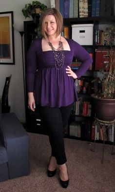 @Kiyonna Clothing's Rylan Ruched top is great with skinny ankle pants!