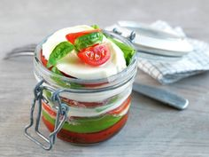 Den perfekte piknik-maten - MatPrat Norwegian Food, Frisk, Pulled Pork, Mozzarella, Panna Cotta, Sandwiches, Pudding, Dinner, Vegetables