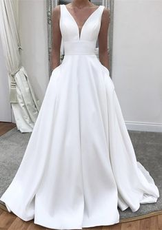 Best Totally Free Simple White Elegant Wedding Dresses with Pockets,Long A-line Satin Sleeveless Fall Wedding gown,Bridal Dress for Women Suggestions Beautiful Wedding Dresses ! The current wedding dresses 2019 includes a dozen various dresses in the Wedding Dress Tea Length, Wedding Dress With Pockets, V Neck Wedding Dress, Modest Wedding Dresses, Bridal Dresses, Prom Dresses, Elegant Dresses, Sexy Dresses, Formal Dresses