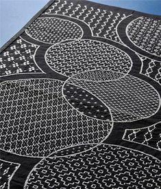 circles--gorgeous sashiko in black and white!
