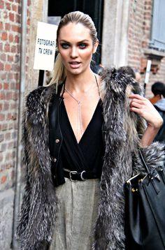 Candice Swanepoel #winter #coldwear #fur #coat #outerwear #effortless #casual #chic #outfit #details #handbag #neutrals #necklace #modeloffduty #model #offduty