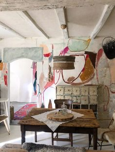 Bistro Chairs, Dining Chairs, Dining Table, Ford Interior, French Interior Design, Bohemian Interior Design, World Of Interiors, French Interiors, Creative Home