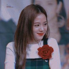Yg Entertainment, Blackpink Twice, Lisa, Blackpink Memes, Best Kpop, Blackpink Jisoo, Black Heart, Kpop Girls, Long Hair Styles