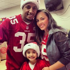 Eric Reid and his precious family Niners Girl, Eric Reid, 49ers Players, Lombardi Trophy, Vince Lombardi, Colin Kaepernick, Great Team, San Francisco 49ers, Gates