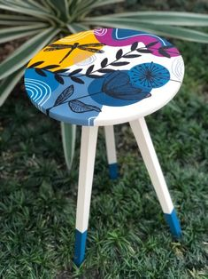 Home Crafts, Diy And Crafts, Diy Home Decor Projects, Furniture Projects, Canvas Painting Tutorials, Diy Painting, Arte Pallet, Diy Stool, Painted Clay Pots