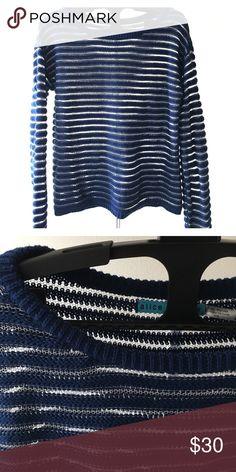 Alice + Olivia sweater Spring sweater! Beautiful open knit A+O sweater Alice + Olivia Sweaters Crew & Scoop Necks