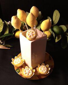 Lemon cake pops with lemon cake truffles. Pamela Portland, OR Cake Pop Designs, Cookie Designs, Lemon Centerpieces, Summer Cakes, Cake Truffles, Edible Art, Creative Food, Caramel Apples, Cake Pops