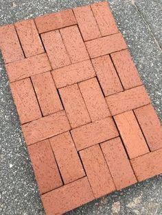 Red Brick Paving, Brick Paver Patio, Brick Garden, Concrete Patio, Garden Paths, Paver Path, Brick Pathway, Paver Patterns, Brick Patterns Patio
