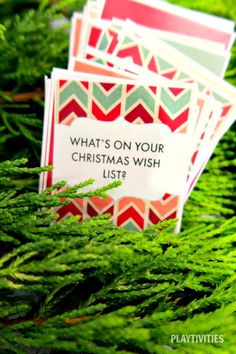 50 Christmas Dinner Conversation Starters. Free Printable Cards. These conversation starers will make even the most quiet guest chatting all night long. #IdeasForKids #ChristmasIdeasForFamily #FunForKids #DinnerConversationStarters #ChristmasDinnerConversation #ChristmasDinnerConversationIdeas #BestDIYIdeasForKids #FreeConversationStarters
