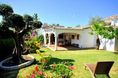 Villa for sale in Marbella - Fabulous Opportunity in Top Beachside Community, #Marbella