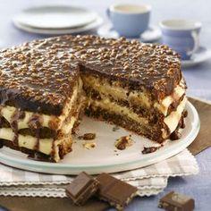 Firkløverkake Norwegian Cuisine, Norwegian Food, Pudding Desserts, No Bake Desserts, Lava Cakes, Let Them Eat Cake, Chocolate, Yummy Cakes, No Bake Cake