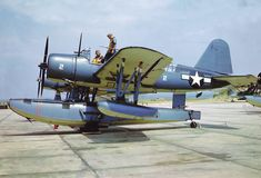 Vought OS2U-3 Kingfisher Amphibious Aircraft, Navy Aircraft, Ww2 Aircraft, Military Aircraft, Igor Sikorsky, Sea Planes, Flying Boat, Aviation Art, Panzer