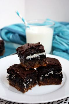 Oreos in chocolate brownies. Yes, please.