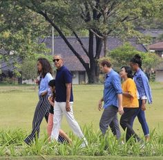 "#TheObamas Visited Two Temples June 2017 #Historic #City of #Yogyakarta in #Java 6/28/17 and 6/29/17 #44thPresidentBarackObama Wonder ""How #PrambananTemple Was Built""Prambanan is a #HinduTemple President Obama visited the #BudhaTemple called #Borobudur It was very interesting to see the differences and similarities between Borobudur and Prambanan.They are two #temples for #different #religions but built by the same #culture One of the most notable similarities were the spikes"