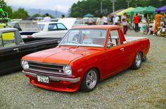 #datsun #Sunny #clunkers Pick Up Nissan, Datsun Car, Nissan Sunny, Nissan Trucks, Nissan Infiniti, Car Restoration, Mini Trucks, Lowrider, Retro Cars