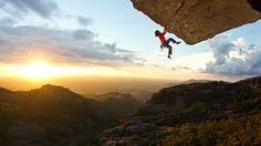 Afbeeldingsresultaat voor climbing pictures