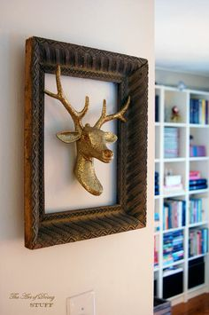 kinda neat..don't care for the head itself...but I like the idea of the picture frame around it.