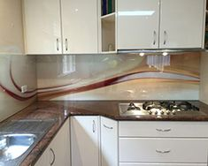 Choosing Splashback For Marble Kitchen Bench Tops can be overwhelming - the choices are endless! Get Inspired with Seein Printed Glass Splashbacks Printed Glass Splashbacks, Glass Installation, Kitchen Benches, Glass Design, My Dream Home, Kitchen Cabinets, Kitchen Walls, Kitchen Design, Kitchen Ideas