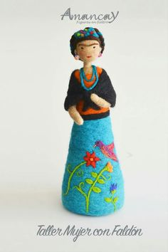 Wet Felting, Needle Felting, Ceramic Workshop, Felt Christmas Decorations, Felt Fairy, Mexican Artists, Wool Art, Clothespin Dolls, Felt Dolls