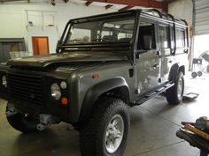 Land Rover Defender 110 Willow Green