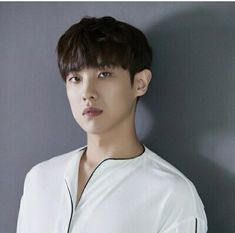Happy 30th birthday to the solo artist Lee Chang Sun (Joon/Lee Joon). Former vocalist, main dancer, and face of the group for MBLAQ.  * He was in the one time project unit Dynamic Black along with Infinite's Hoya, former TEEN TOP's L.Joe, 2AM's Jinwoon and B2ST's Gi Kwang.