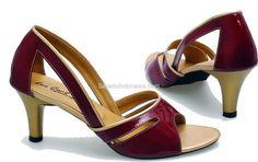 Sepatu wanita BDM 677 adalah sepatu wanita yang nyaman dan...